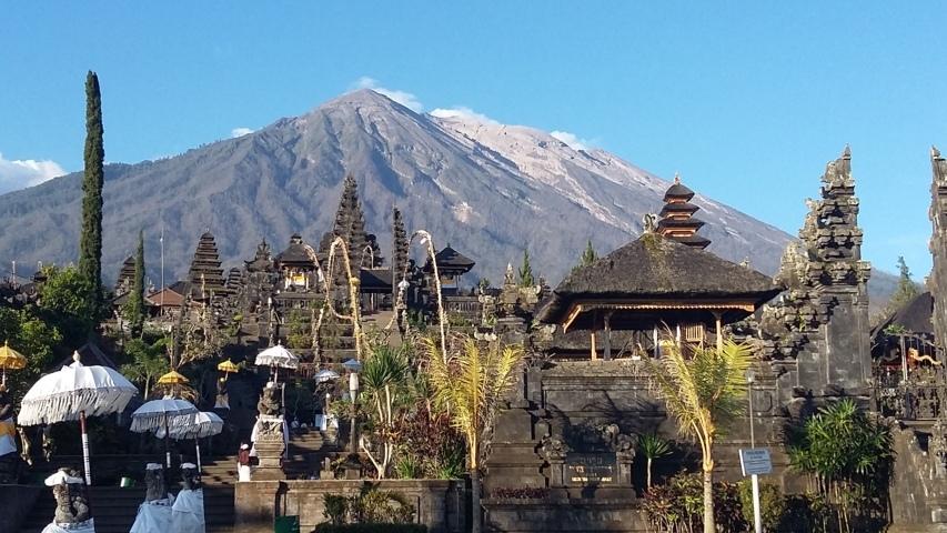 Bali Sur Mesure<br /><a href='#Accueil' class='btn btn-skin btn-slide'>Accueil</a>
